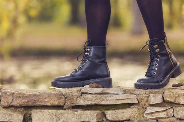 The Best Women's Work Boots For 2021 14