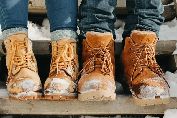 Top 12 The Best Work Boots Under 100 dollars For 2021