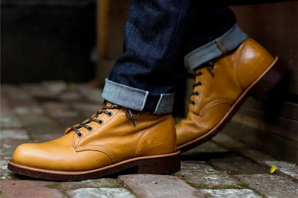Best Work Boots for Bad Knees 12