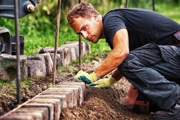 Top 10 The Best Work Boots For Landscaping Review In 2020