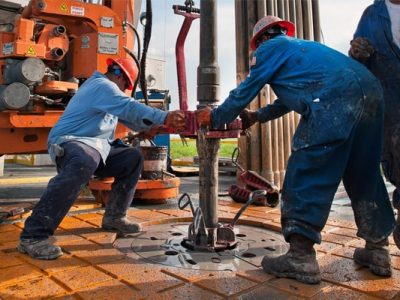 3 Must-Have Features the Oilfield Work Boots