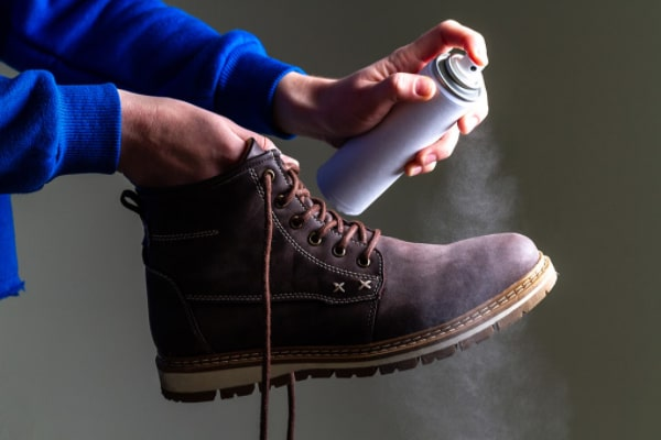 Specialized sprays to make shoes wider