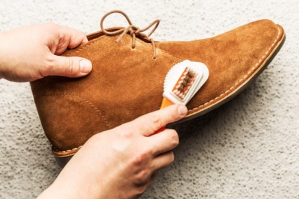 How To Shine Boots - The Easiest Methods You Can Try At Home 6