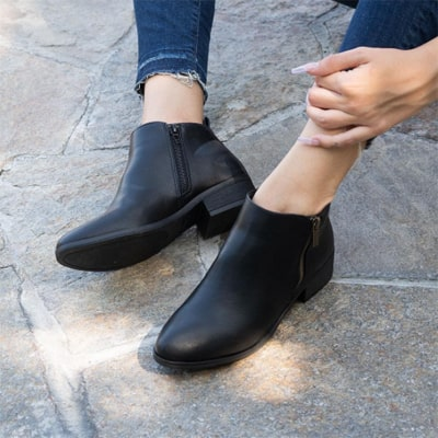 How To Shine Boots - The Easiest Methods You Can Try At Home 7