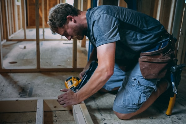 Top Best Work Boots for Carpenters and Framing Reviews