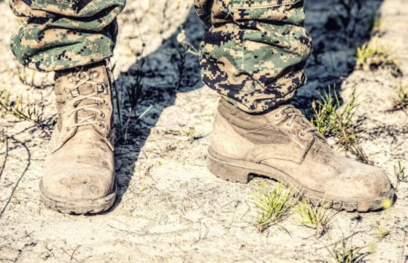 Combat Boots Vs Hiking Boots: Which One Outweighs The Other? 3