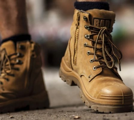 Composite Boots vs Steel Toe: Which one is better? 1