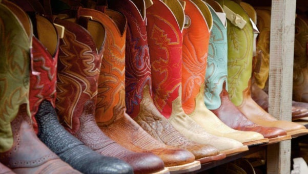 How to Make Cowboy Boots Fit Tighter? Try These Useful Tips! 1
