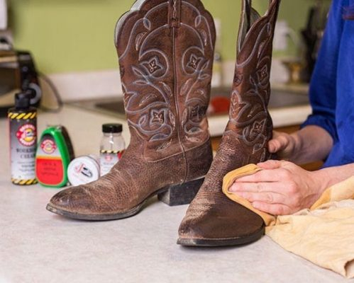 How to Make Cowboy Boots Fit Tighter? Try These Useful Tips! 8