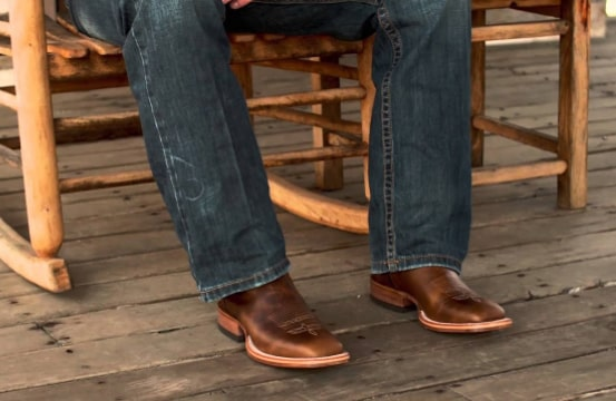 Justin boots vs Ariat boots: Which is better for you? 2