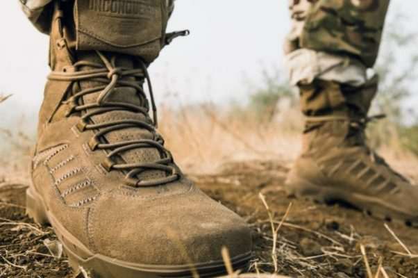 Tactical Boots vs Work Boots: What Do You Need? 4