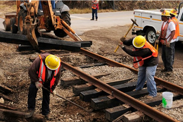 Best Boots For Railroad Workers 13