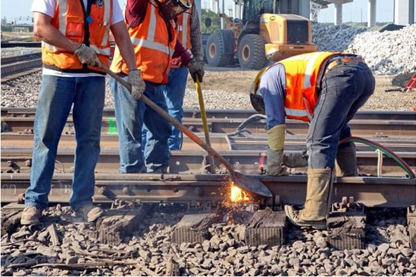 Best Boots For Railroad Workers 14