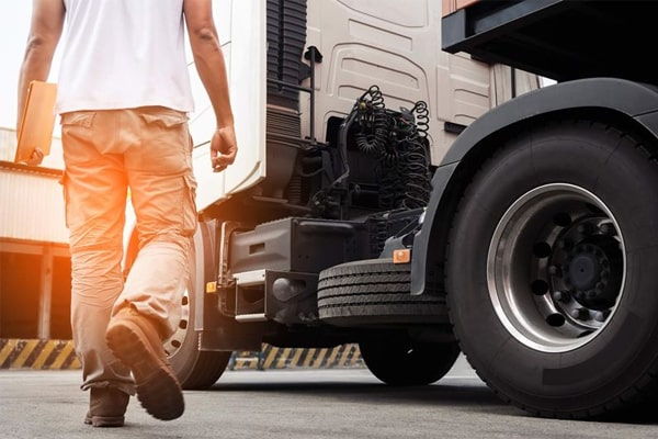 Best Work Boots for Truck Drivers 12