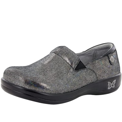 Best Work Shoes For Pharmacists 8