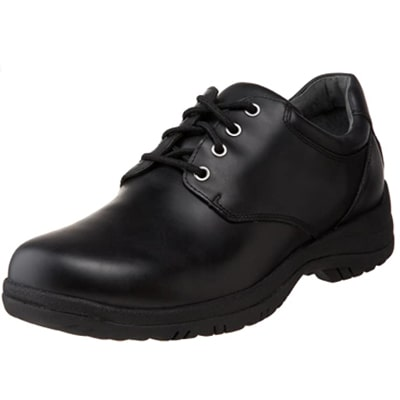 Best Work Shoes For Pharmacists 11